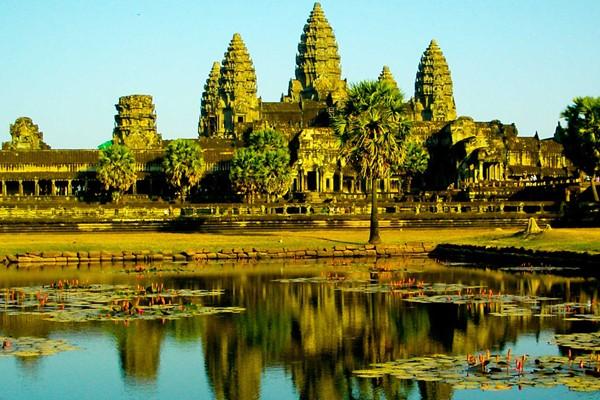 tour to cambodia